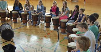 Trommelworkshop Schule- Schulveranstaltungen von www.klang-bild.co.at